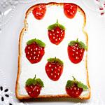 朝食で作ったピカチュウとケチャップのトーストアートがおいしそう!