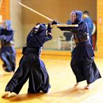 剣道四段vs最強の初心者の動画がハチャメチャ展開で面白すぎるw