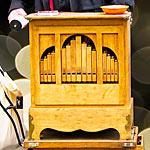 手回しオルガンでハウルの人生のメリーゴーランドを演奏した動画が凄い!