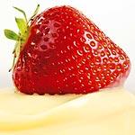 冷凍イチゴの中に練乳が入っている苺アイスが悪魔のような美味しさ!